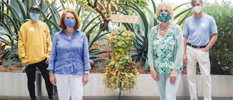 Cedars-Sinai Heroes Get Floral Tribute from the Virginia Robinson Gardens