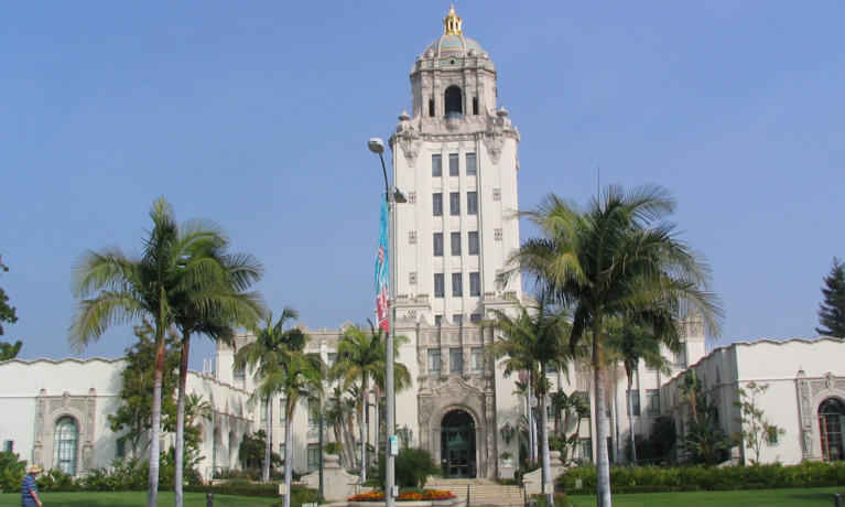 City of Beverly Hills Cites 16  Businesses for COVID-19 Infractions