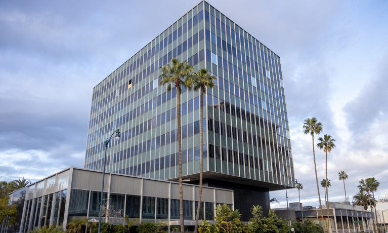 Planning Commission Renews Permits for 9111 Wilshire