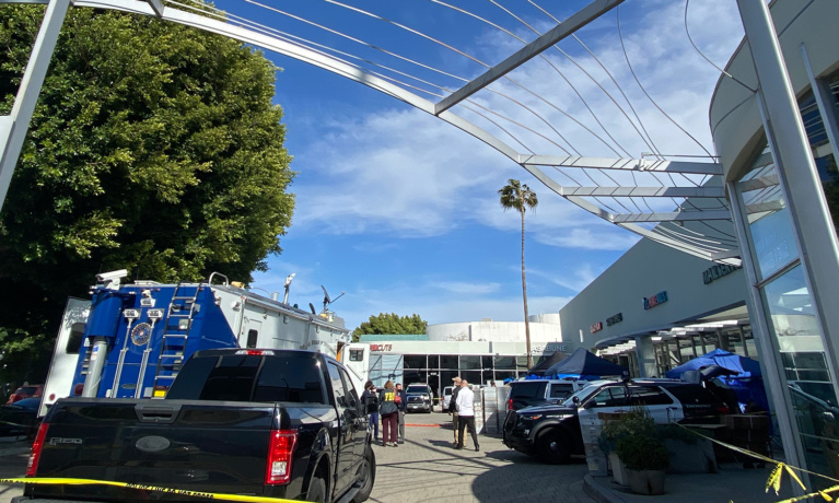 Federal Investigation Takes Over Beverly Hills Strip Mall
