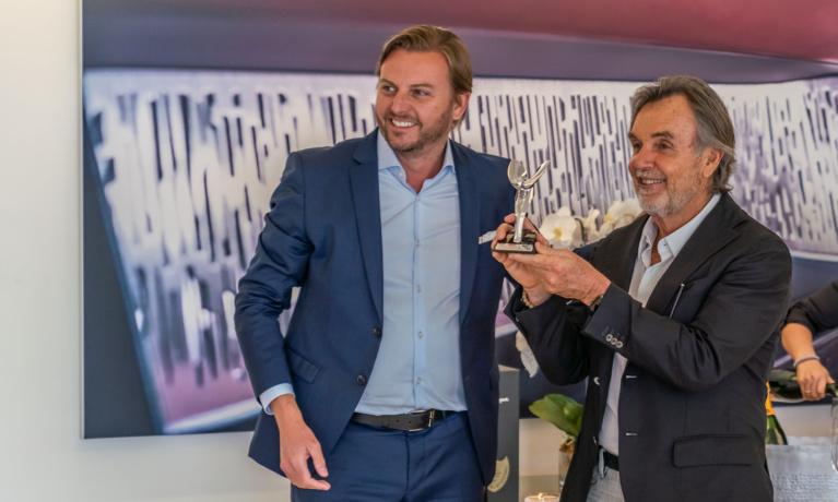Local Luxury and Exotic Car Dealership Wins Prestigious Award