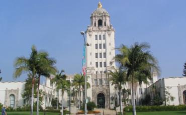 Courier Exclusive: Nazarian Announces City Council Run